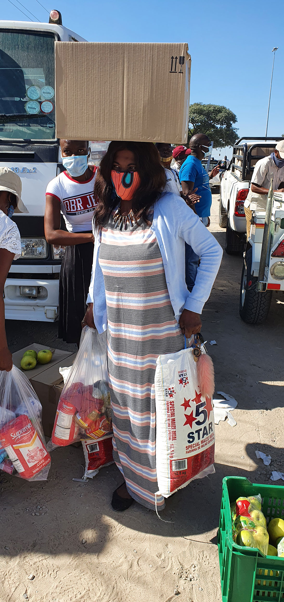 Tanda Tula - food parcel distribution in South Africa