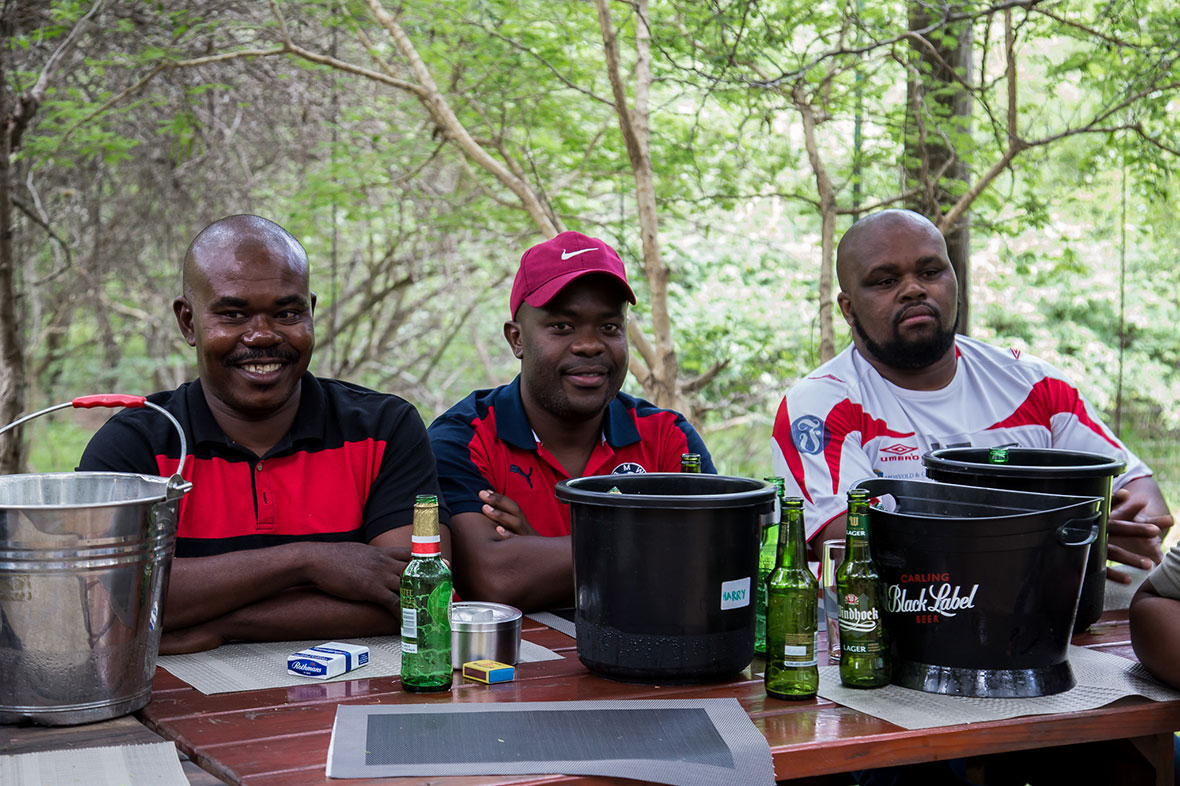 Tanda Tula - team celebration in the Greater Kruger